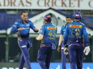 IPL2021 Match5 MIvsKKR First Mumbai fumbles, then Kolkata tumbles in slog overs, handover wins to MI